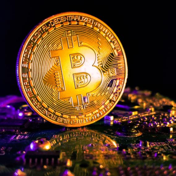 10 milionów Bitcoinów (BTC) pozostaje w uśpionych od ponad roku