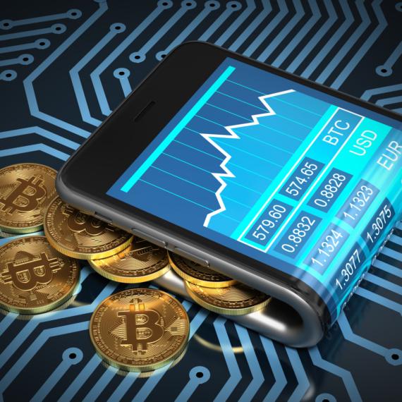Stabilny bitcoin pod 9800 dolarów. Chainlink oraz Cardano w górę o pięć procent.